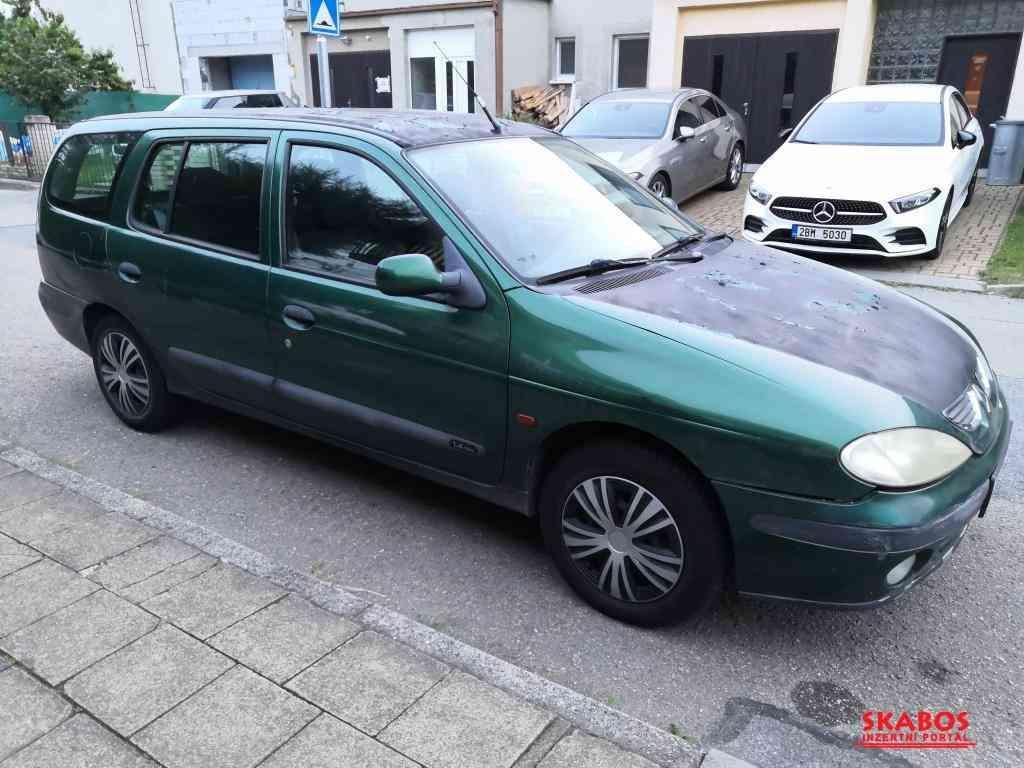 Renault Mégane 1.4i 16V (1/5)