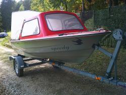 prodám rybářský člun