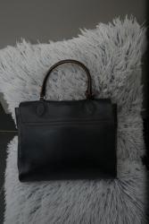 Černá kožená kabelka Furla s hnědým lemováním nová (1603456567/4)