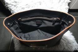 Černá kožená kabelka Furla s hnědým lemováním nová (1603456569/4)