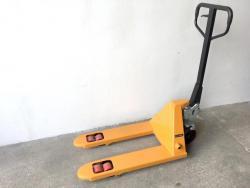 Krátký paletový vozík M900