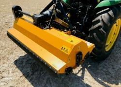 Traktor John Deere 4HST/ 300 (1606387244/4)