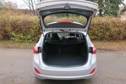 Hyundai i30 1.6i,88kW,1majČR,54tkm,serv.kn,klima (1607953905/5)