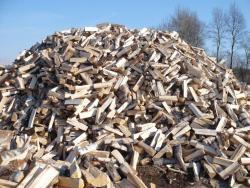 Štípané i metrové palivové dřevo