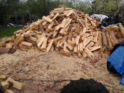 Štípané i metrové palivové dřevo (1609937218/4)