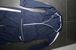Nová tepláková souprava Nike velikost M