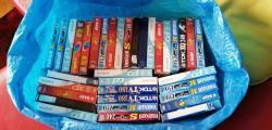 DVD přehrávač, + kazety 5kč-ks (1611678359/4)