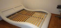 Manželská postel s výklopným roštem a matracemi (1613385510/4)