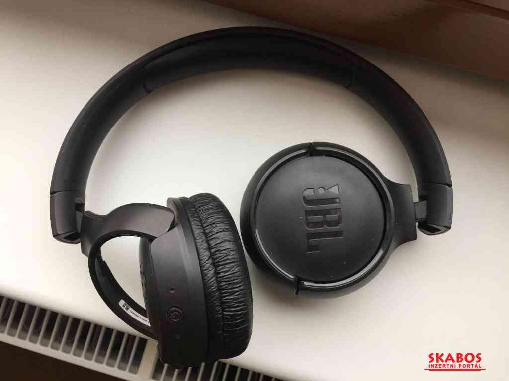 JBL Tune 500BT sluchátka černá (1/2)