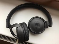 JBL Tune 500BT sluchátka černá