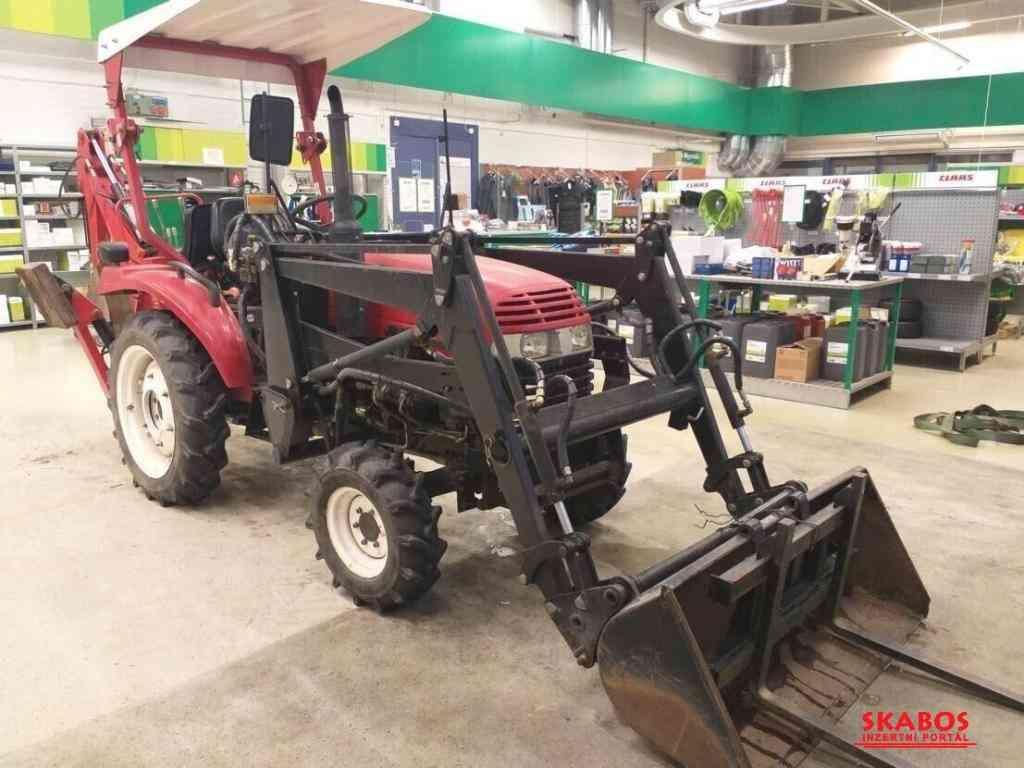 Jinma 204E traktor s nakladačem a rypadlem (1/5)