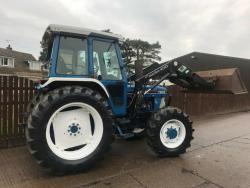 Traktor Ford 67I0/ Quicke 434O (1616413745/4)