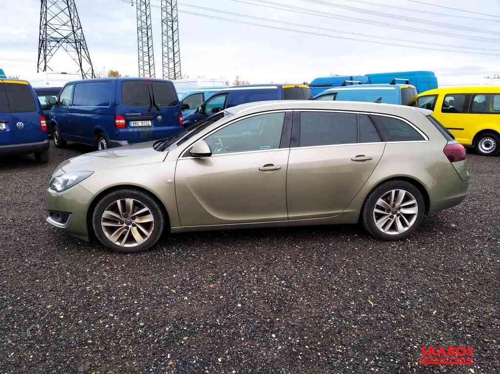 Opel INSIGNIA Combi 2,0 / 125 kW, ČR, serviska, ma (1/5)