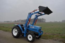 traktor Iseki TA27c5cD, 4x4,