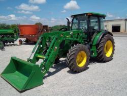 Traktor John Deere 51c00cR