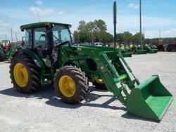 Traktor John Deere 51c00cR (1618556158/3)