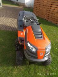 zahradní traktor (1618855567/4)