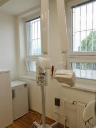Zubní lékař (1618905427/4)