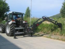 Podkop za traktor (1619459101/5)