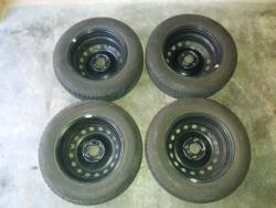 prodám 4 ks letních pneumatik 175/70 R14 s ráfky