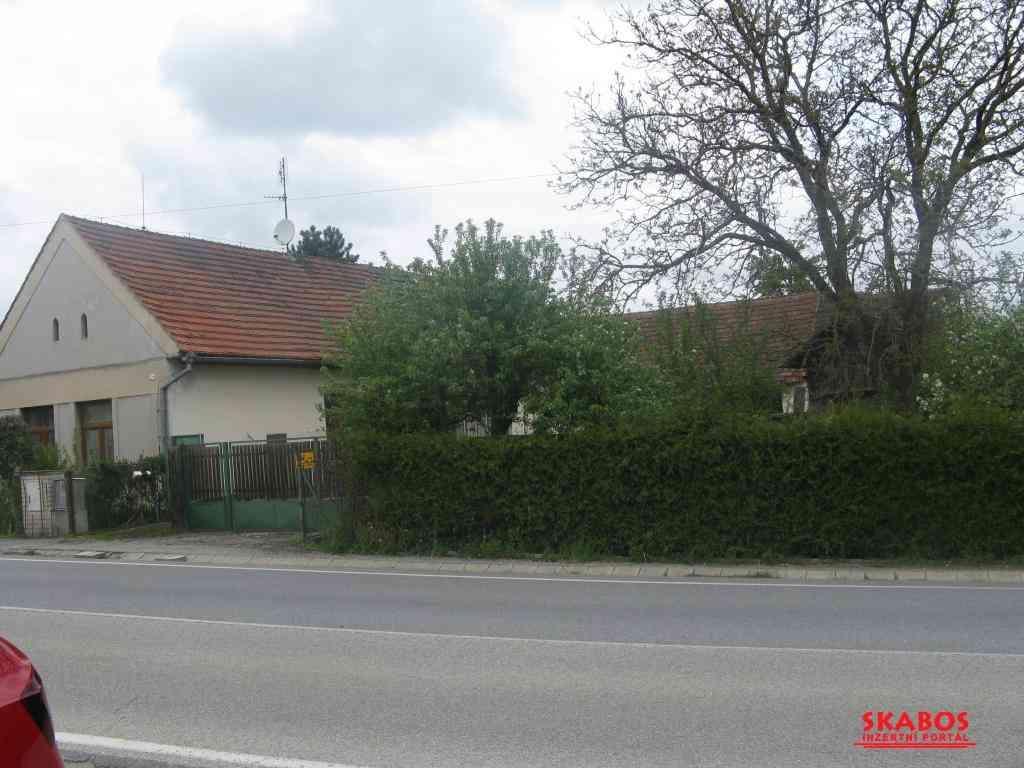 Prodej domu 15 km od Českých Budějovic (1/5)