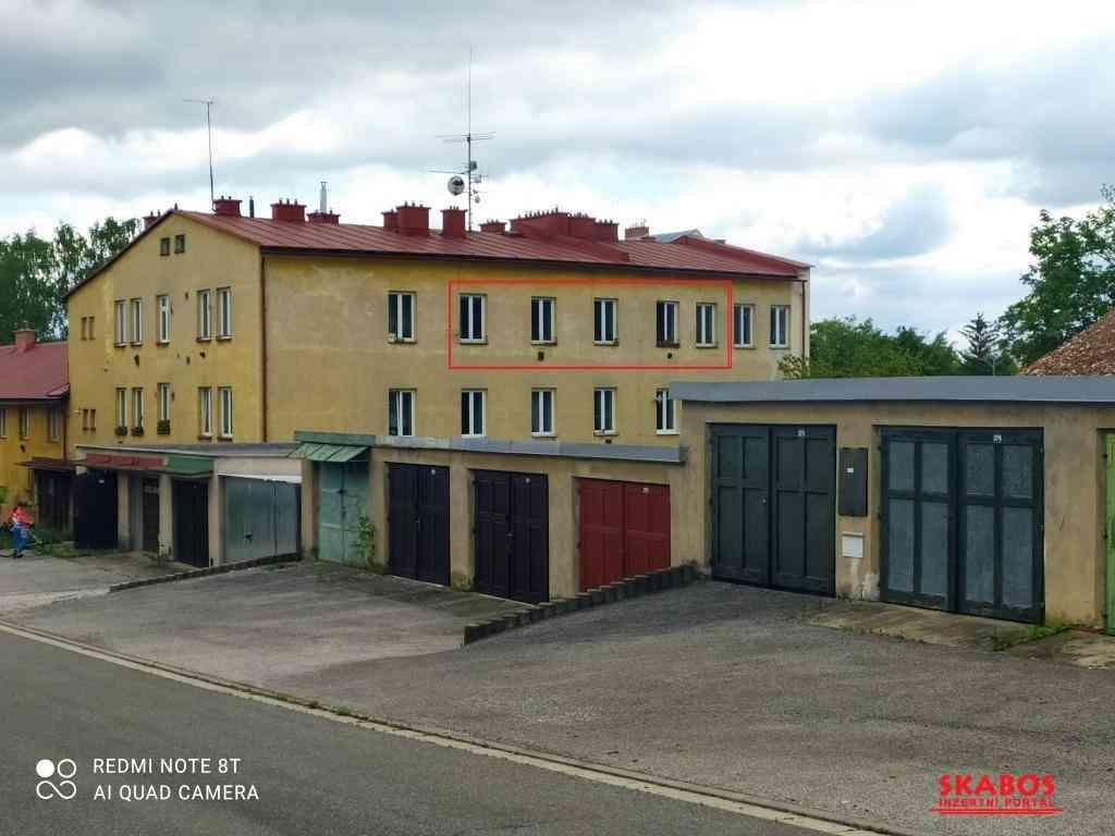 Prodej bytu 2+1 (67 m2 ) ve Vrchlab (1/5)