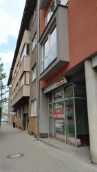 Prodej, Obchodních prostor, 80m2 - ulice Pernerova, Pardubice - Zelené Předměstí (62/4)