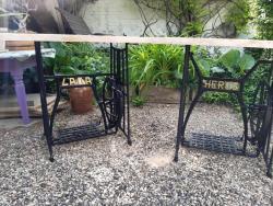 Šicí stroj stolek (1623257633/5)