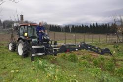 Podkop za traktor (1623755559/5)