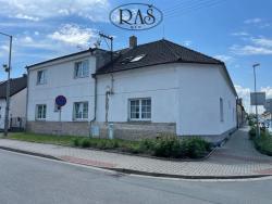 Prodej, Rodinné domy, 380m2 - Pardubice - Svítkov