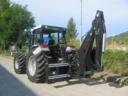 Podkop za traktor (1624978022/8)