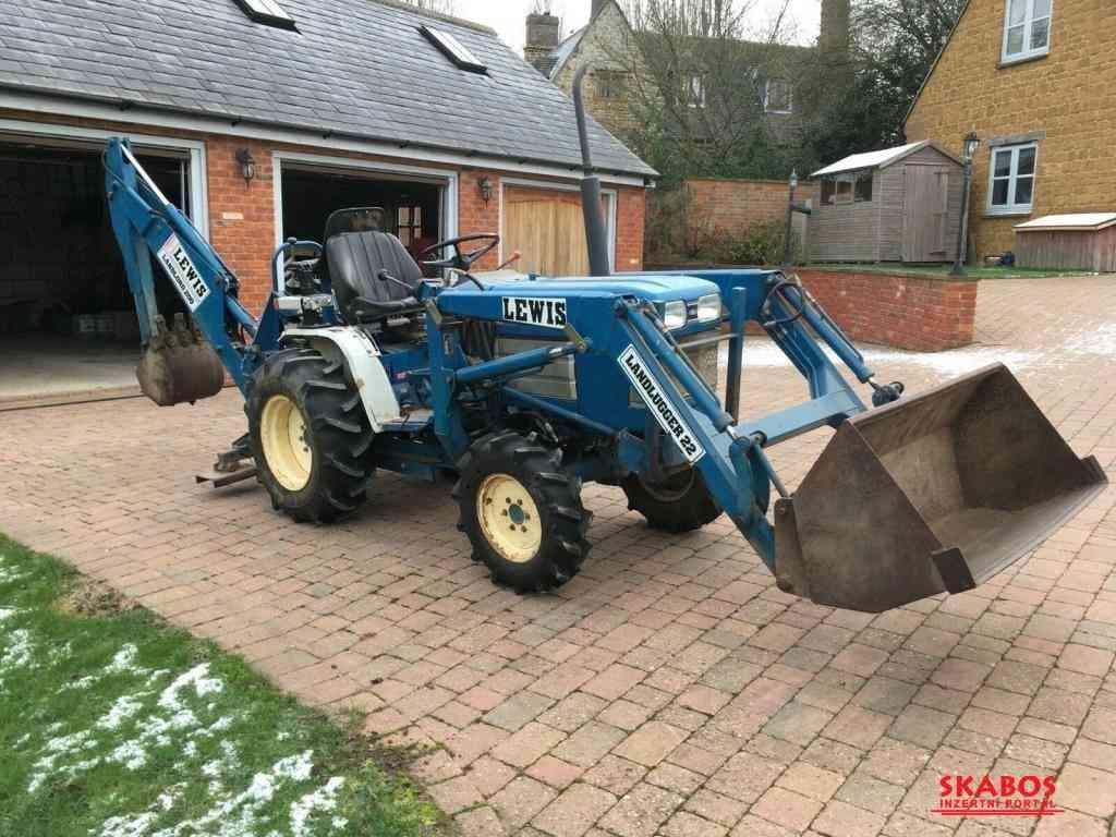 Traktor Ford I220F + příslušenství (1/3)