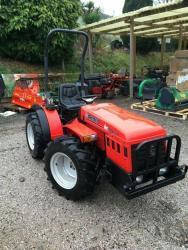 Malotraktor Antonio Carraro TiGre 100-3