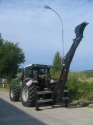 Podkop za traktor (1627634560/6)