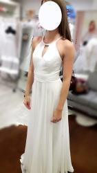 Svatební šaty splývavé, jednoduché, šněrovací