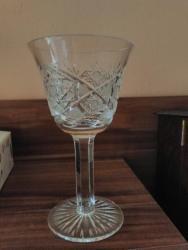 Prodám různé sklenice na víno, viz foto (1631018638/10)