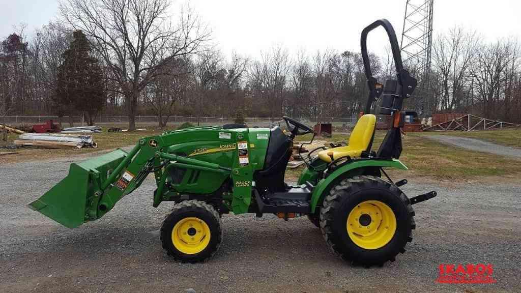 Traktor John Deere 2c3c20 (1/3)