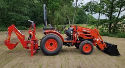 Traktorbagr BH30 Compact