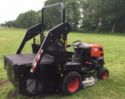 Profesionální vysoká sekačka Kioti Tractor WD1260 (1631788383/5)