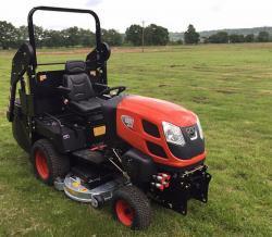Profesionální vysoká sekačka Kioti Tractor WD1260 (1631788384/5)
