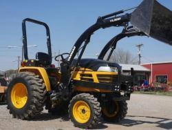 Traktor Yanmar EX3200E