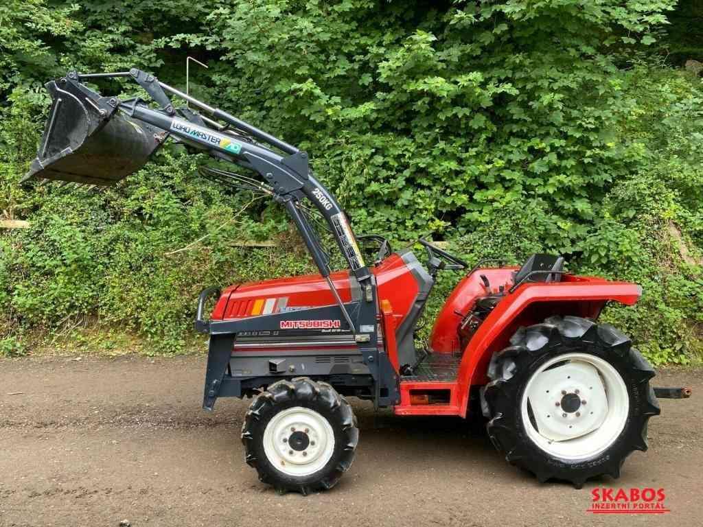Traktor Mitsubishi Mtt-2I + kompletní čelní nakla (1/4)