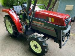 Traktor Mitsubishi Mtt-2I + kompletní čelní nakla (1632736039/4)