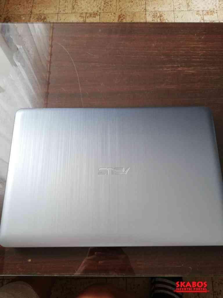 Notebook ASUS X540BA-DM538T (1/5)