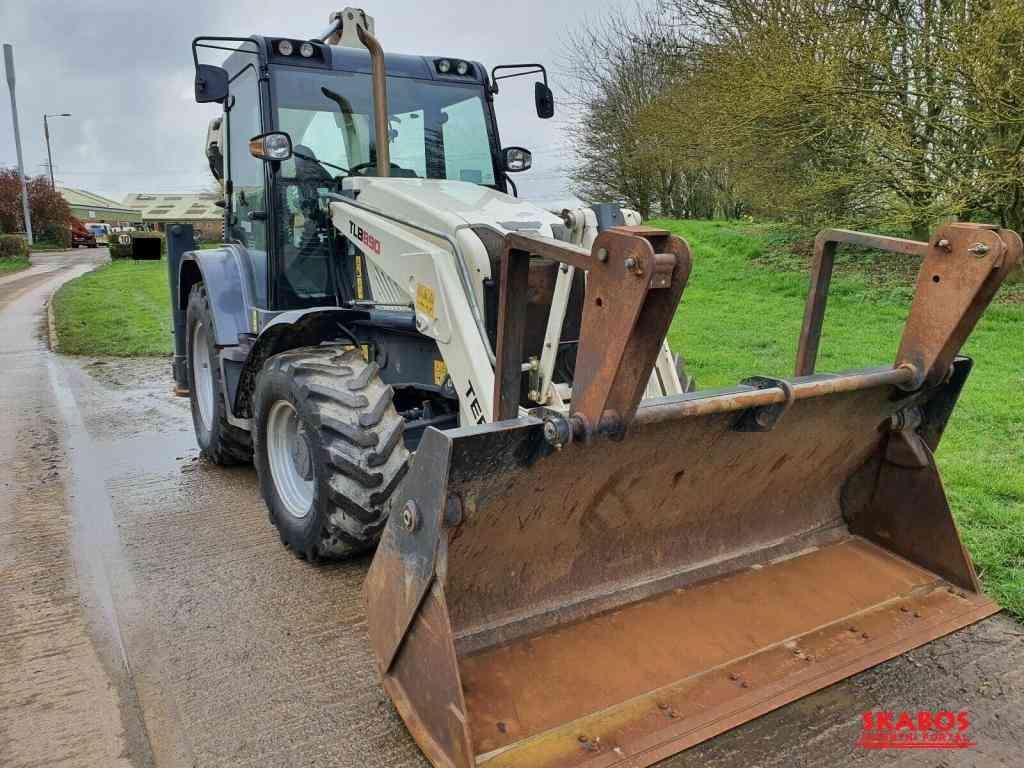 Traktorbagr Terex tll-B8-W-9O plně funkční (1/3)