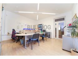 Administrativní objekt - ubytování pro zaměstnance 240 m2, parkování na pozemku, (9.22337203685E+18/30)