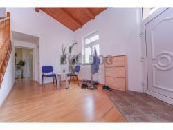 Administrativní objekt - ubytování pro zaměstnance 240 m2, parkování na pozemku, (616803122/30)