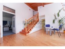 Administrativní objekt - ubytování pro zaměstnance 240 m2, parkování na pozemku, (616803129/30)