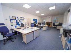 Administrativní objekt - ubytování pro zaměstnance 240 m2, parkování na pozemku, (616803140/30)